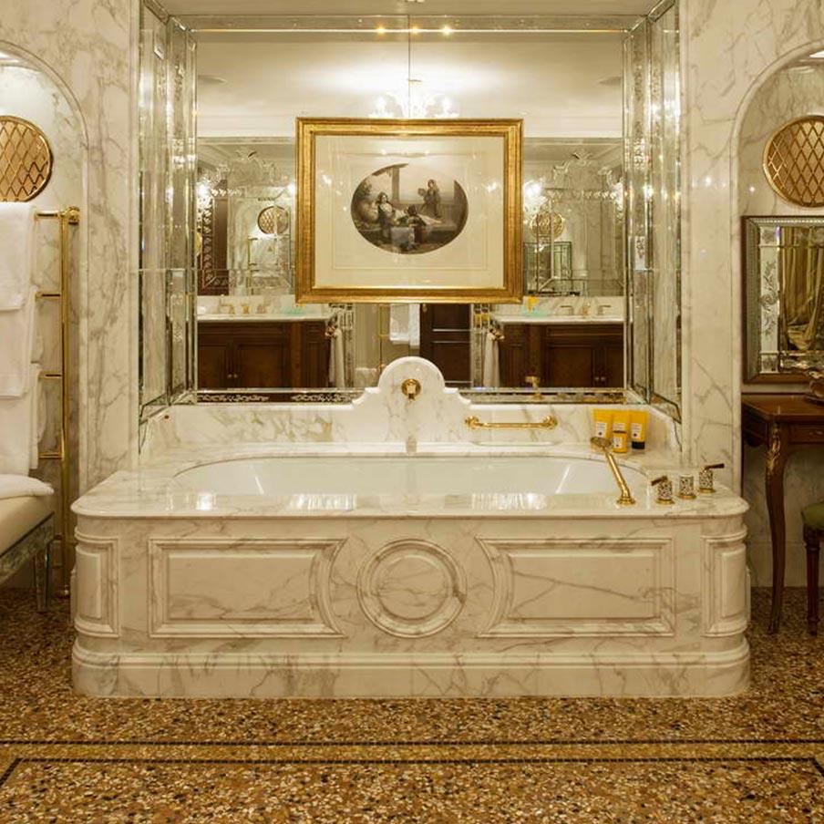 V fontanili carrara marmo granito onice travertino - Bagno marmo bianco ...